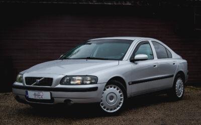 Volvo S60 2004.gada
