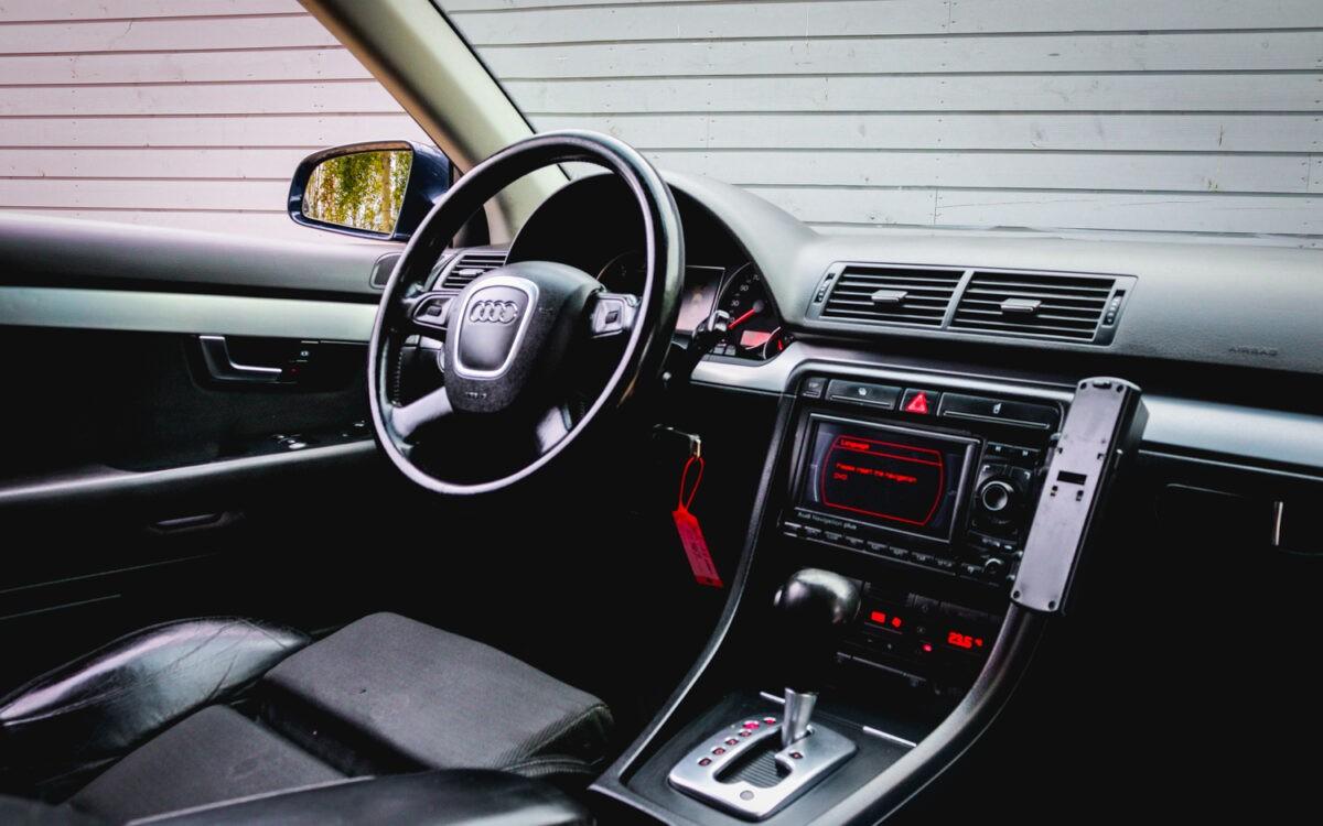 Audi_A4_leti_lietots_auto_pirkt-5