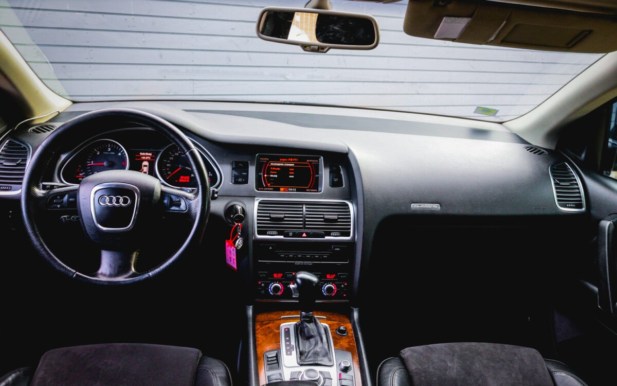 Audi_Q7_leti_lietots_auto_pirkt-4