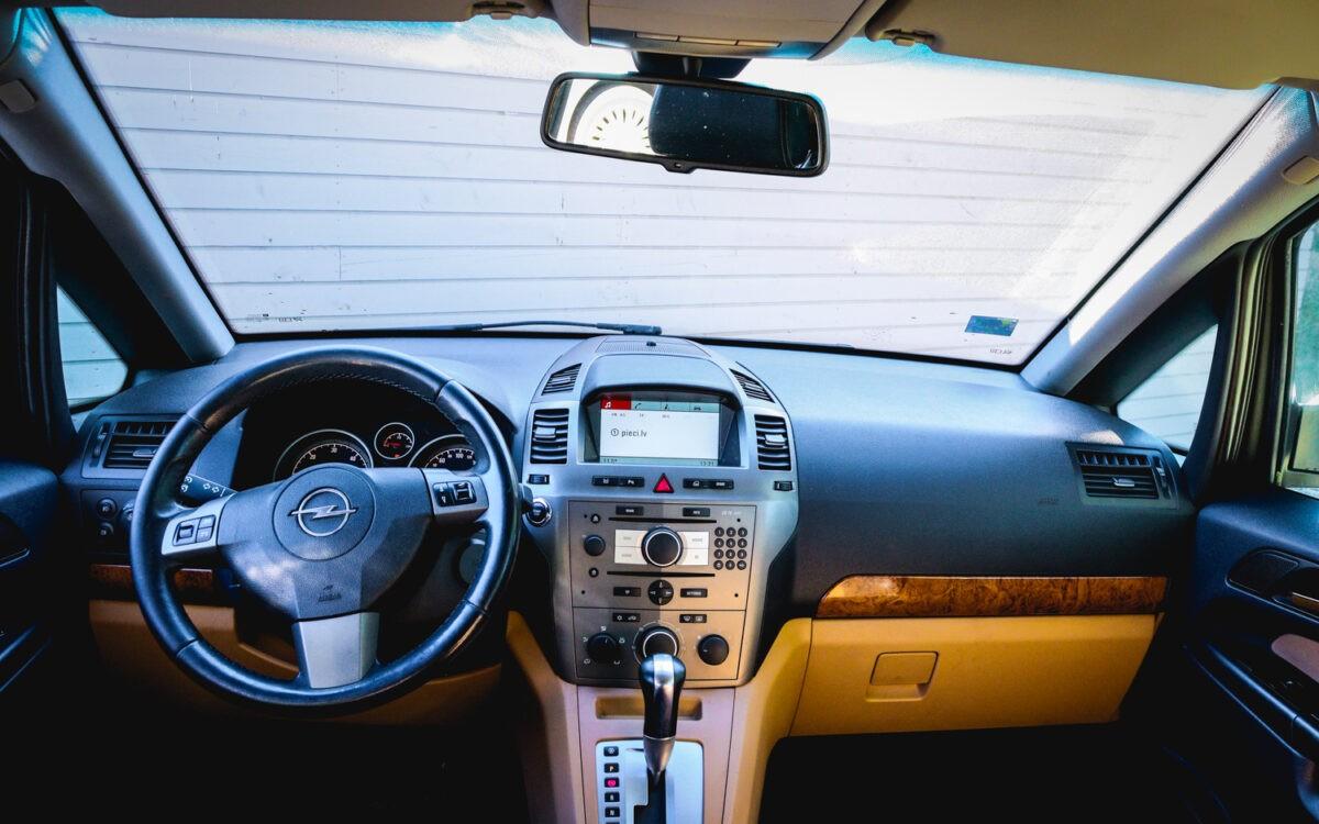 Opel_Zafira_leti_lietots_auto-4