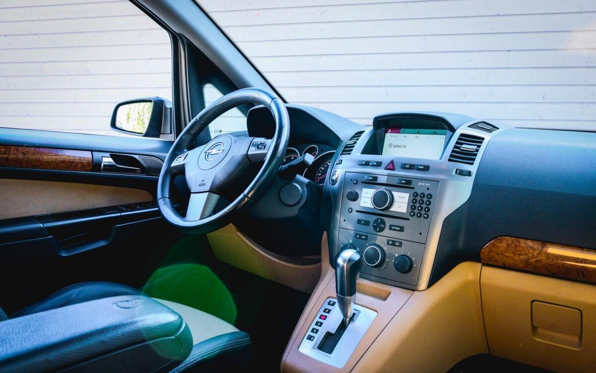 Opel_Zafira_leti_lietots_auto-5