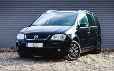 VW TOURAN 2004.gada