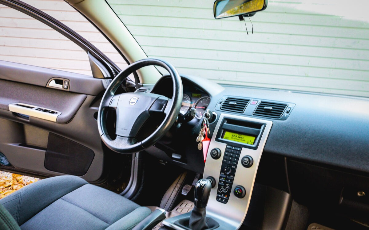 Volvo_S40_pirkt_leti_lietoti_auto-9