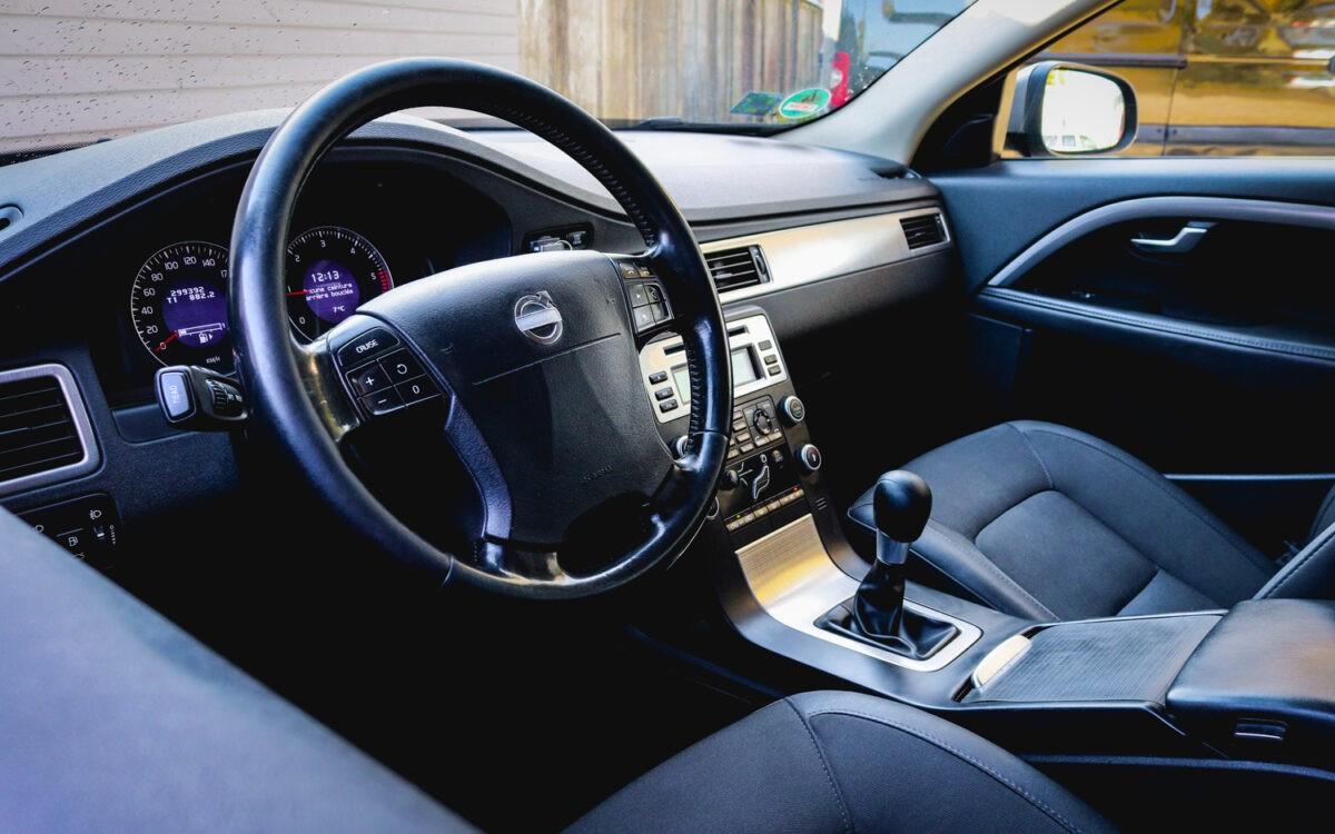Volvo_V70_pirkt_leti_lietoti_auto-2