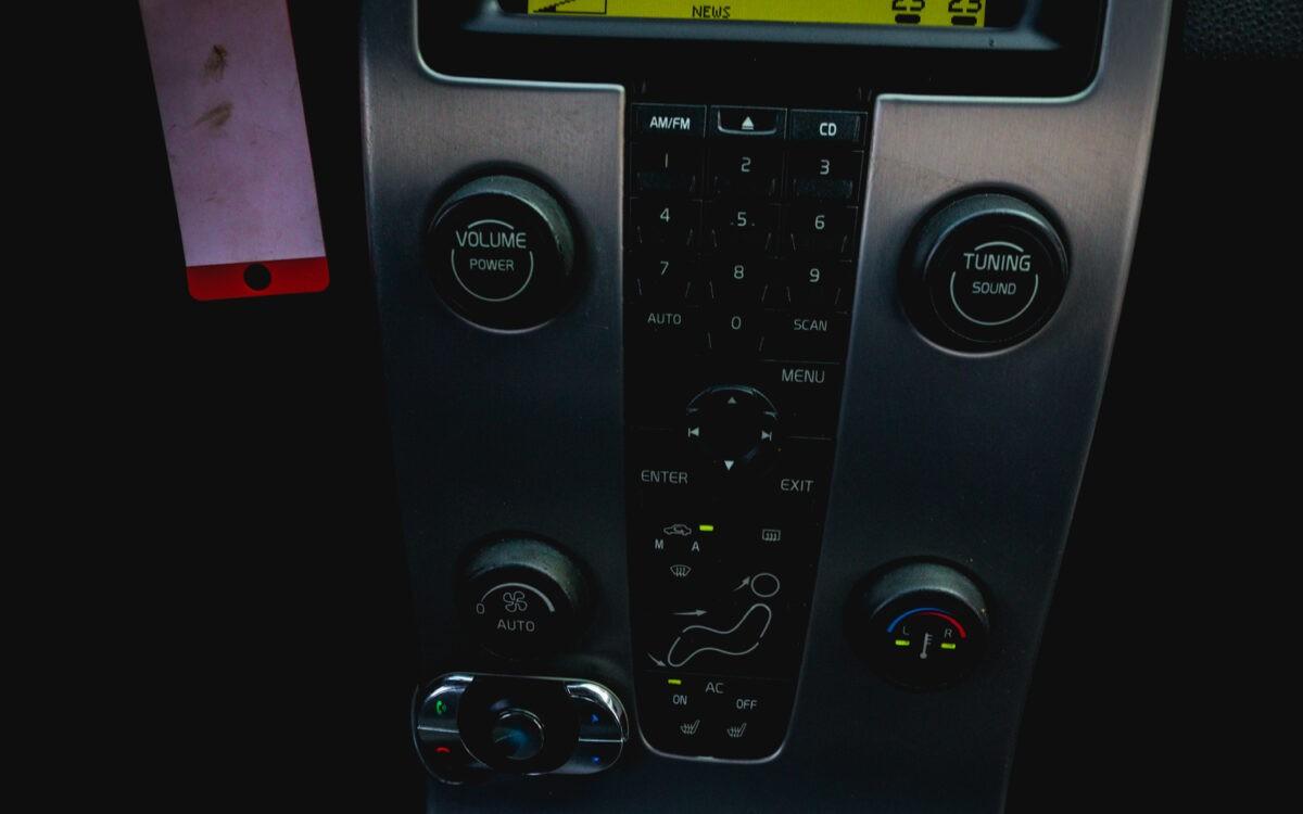 volvoi_c30_leti_lietots_auto_pirkt-6